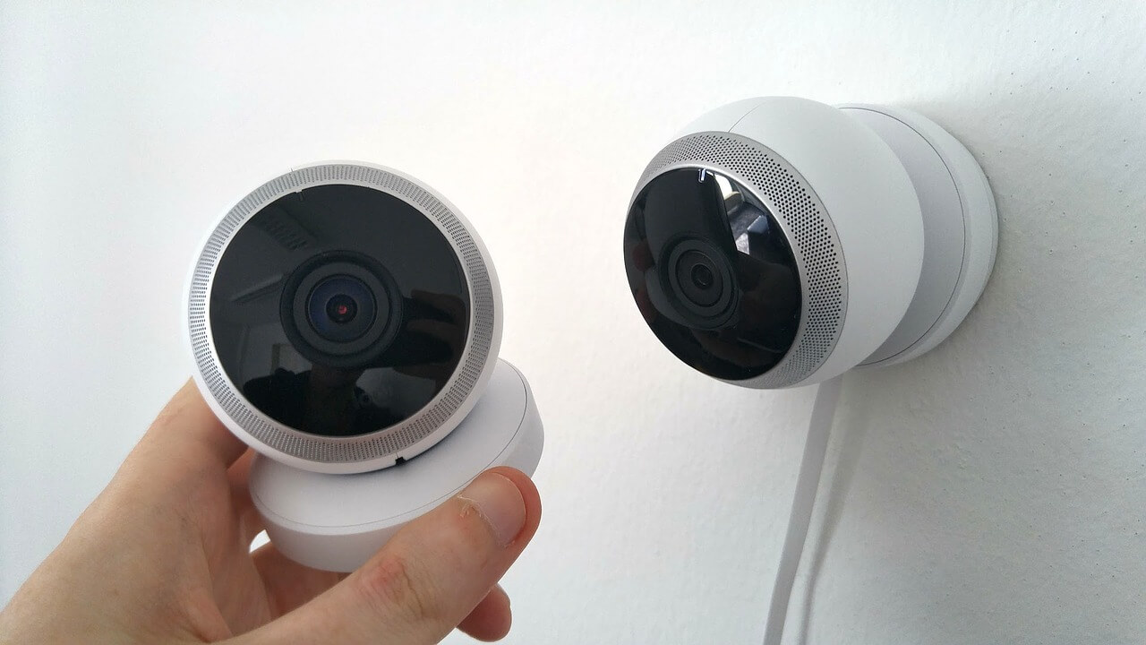 Are Wireless Security Cameras as Good as Wired? - CameraIO