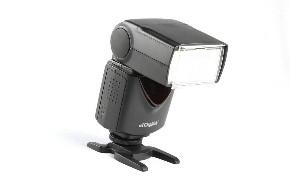Image 2: Speedlite for canon