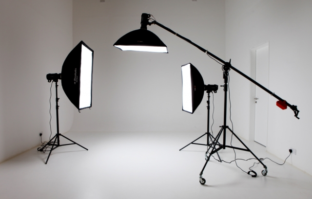 Image 1: photography lighting equipment
